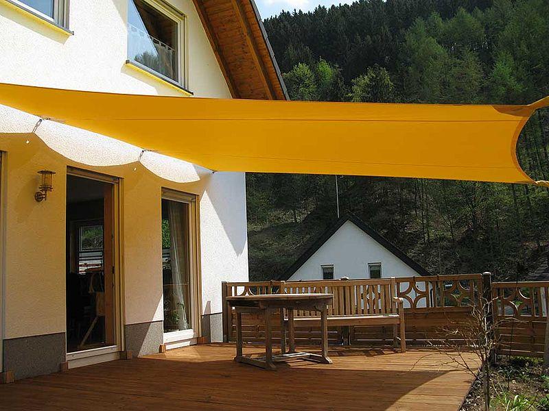 sonnensegel design f r haus garten terrasse garten. Black Bedroom Furniture Sets. Home Design Ideas