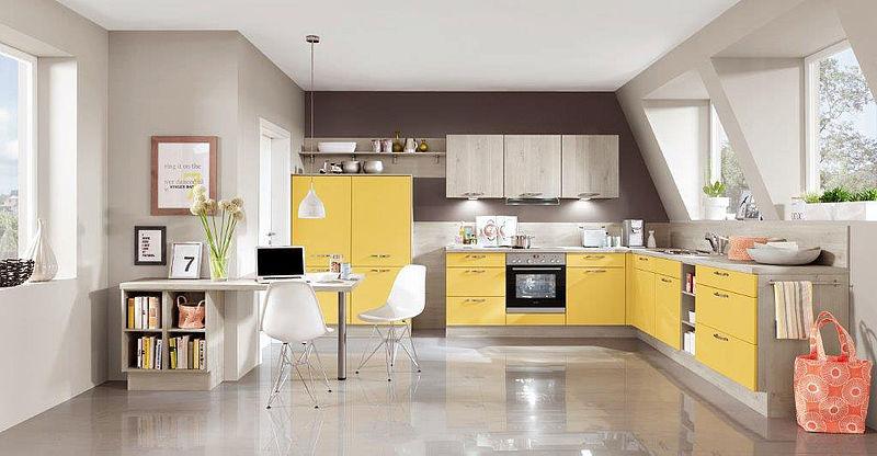 Küchenfronten Baulokal
