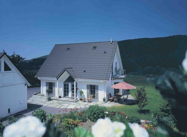 haus bauen im sauerland erfahrung mit zimmermann haus bauen renovieren. Black Bedroom Furniture Sets. Home Design Ideas