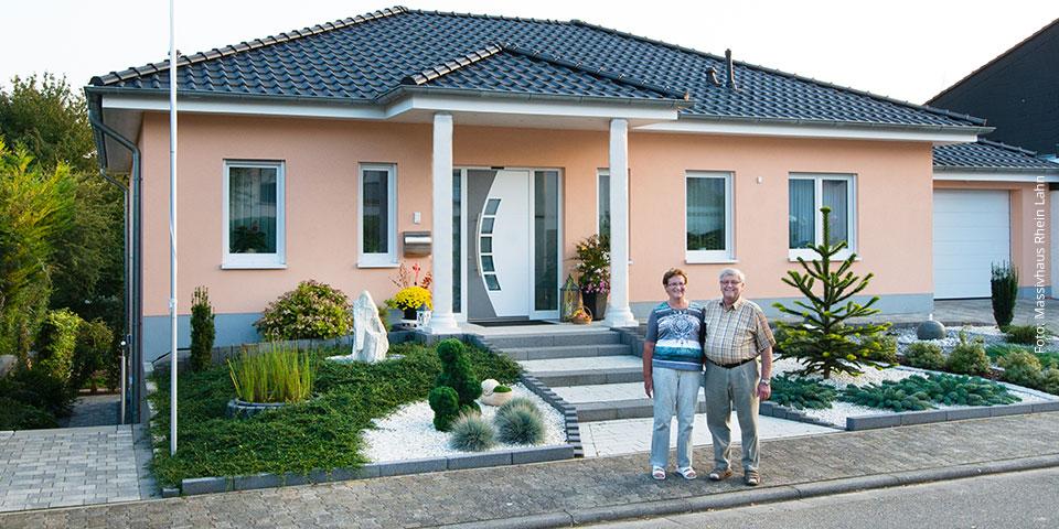 Hausmodelle im westerwald die begeistern bauen renovieren for Massivhaus bungalow