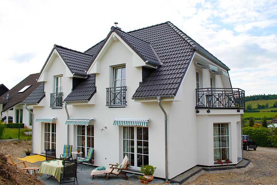 Erfahrung Mit Fertighaus : haus bauen im sauerland erfahrung mit zimmermann haus bauen renovieren ~ Bigdaddyawards.com Haus und Dekorationen